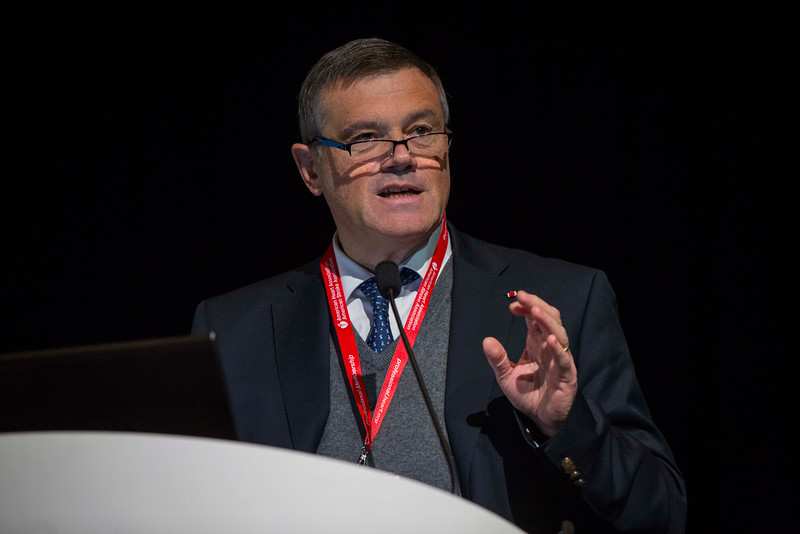 Stay and Play: A Physician Perspective: Pierre Carli during ReSS:ReSS Session: Special Focus - Pro-Con Debate on EMS Resuscitation Strategy