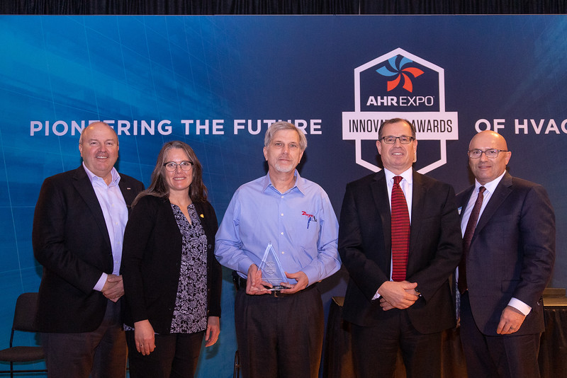 Dwyer Instruments receives the AHR Expo Innovation Award for Tools & Instruments
