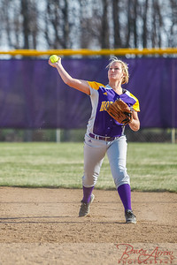Softball vs Fairfield 20140417-0063