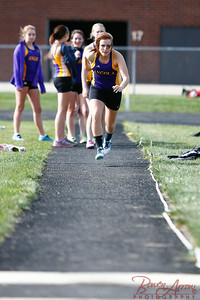 W Track vs Westview 20140506-0078