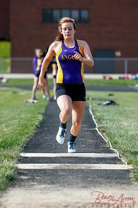 W Track vs Westview 20140506-0080