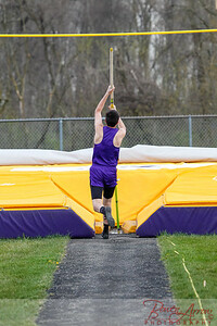 Track vs Garrett 20160419-0026
