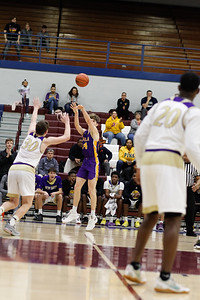 MBB at New Haven 20190302-0633