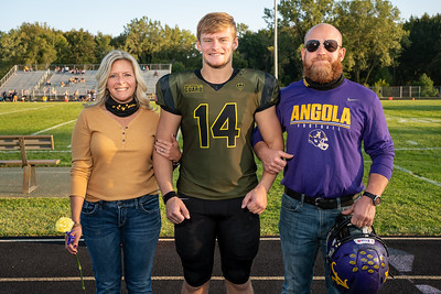 FB Senior Night 2020-0040