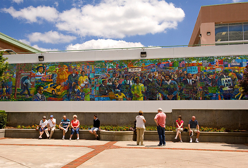 Martin Luther King Jr. Memorial Mural at the Peace Plaza of the Visitor's Center of the Martin Luther King National Historic Site, by Louis Delsarte (2010)