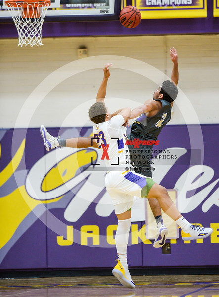 sicurello maxpreps basketball18 MesavsQueenCreek-7507