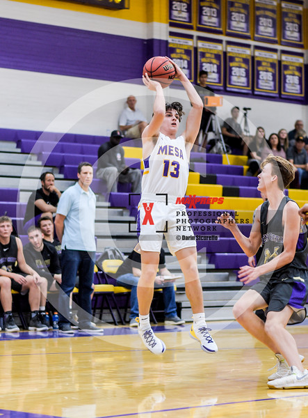 sicurello maxpreps basketball18 MesavsQueenCreek-4946