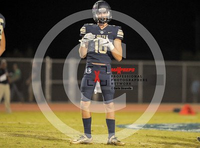 sicurello maxpreps football17 CasteelvsYumaCatholic-0040