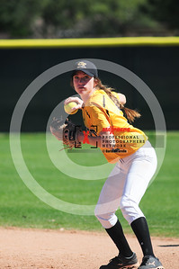 sicurello darin maxpreps Softball - Gilbert vs Deer Valley-6047