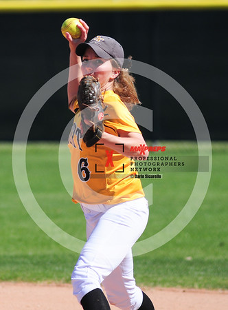 sicurello darin maxpreps Softball - Gilbert vs Deer Valley-6005