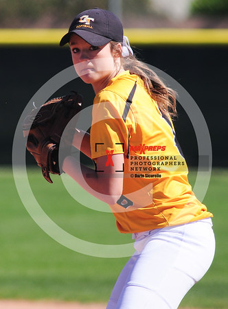 sicurello darin maxpreps Softball - Gilbert vs Deer Valley-6016