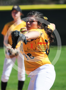 sicurello darin maxpreps Softball - Gilbert vs Deer Valley-5981