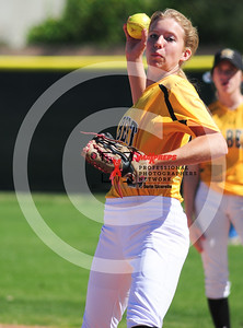 sicurello darin maxpreps Softball - Gilbert vs Deer Valley-6034