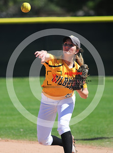 sicurello darin maxpreps Softball - Gilbert vs Deer Valley-6053