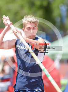 maxpreps sicurello maxpreps Track18 Wed PreFinals BoysPoleVault-1792