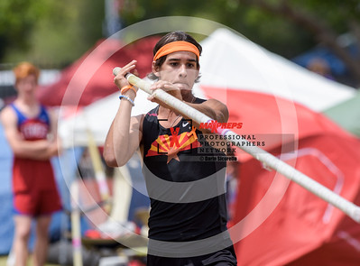 maxpreps sicurello maxpreps Track18 Wed PreFinals BoysPoleVault-1686