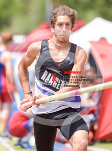 maxpreps sicurello maxpreps Track18 Wed PreFinals BoysPoleVault-1727