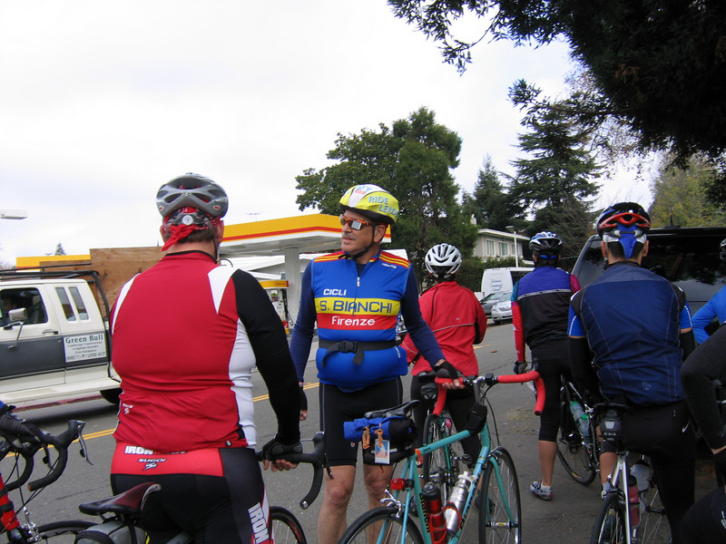 Ride Leader Steve Wedgewood chatting with other riders.