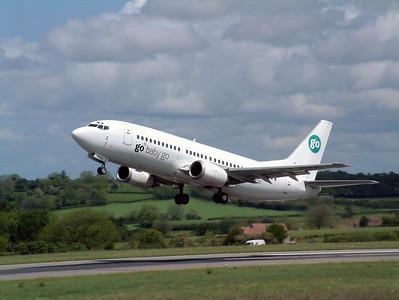 Go B737 G-IGOZ departs from runway 27, Lulsgate 25th May 2002.
