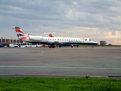 BA E145 G-ERJG at Lulsgate. 17th October 2001.