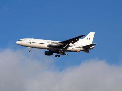 RAF Tristar ZD953, 5th December 2000.