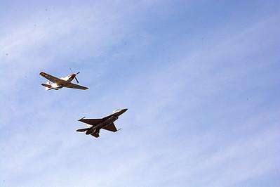 P-51 & F-16 @ Tico Warbird Airshow - March 11, 2016