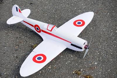 AJ and RC Plane-02318