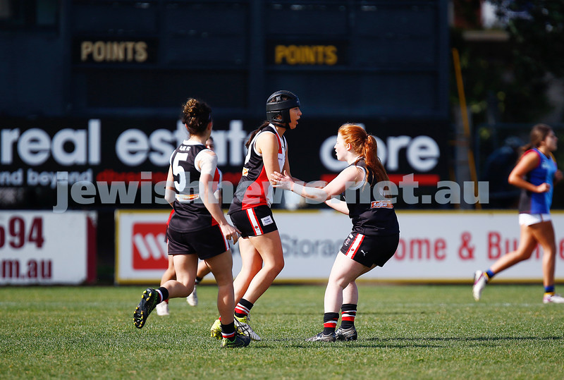 13-8-17. VAFA Women Preliminary Final. AJAX Jackettes were deferated by Old Mentonians 5-6-36 to 5-8-38. Photo: Peter Haskin
