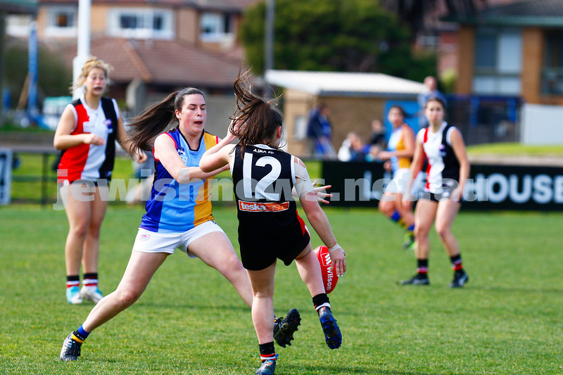 13-8-17. VAFA Women Preliminary Final. AJAX Jackettes were deferated by Old Mentonians 5-6-36 to 5-8-38. Justine Gabriel. Photo: Peter Haskin