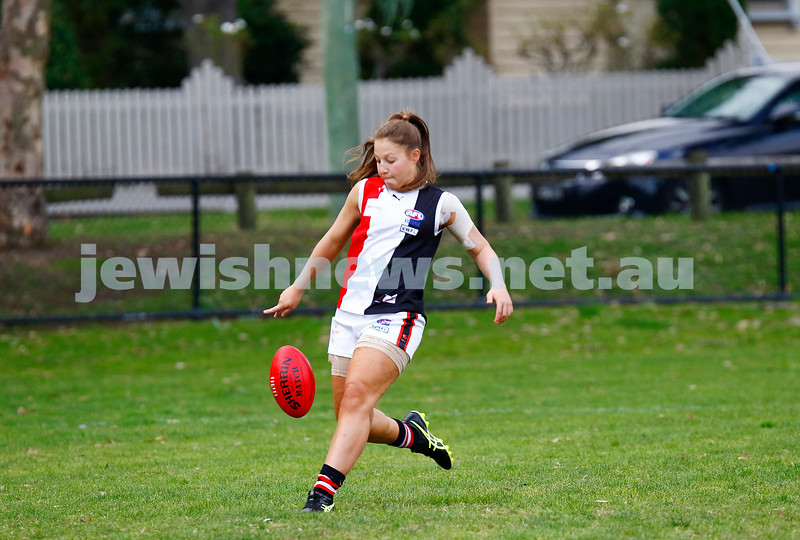 14-5-17. AJAX Jackettes 10-8-68 def  Hampton Rovers 0-2-2.  Maya Glikfeld. Photo: Peter Haskin