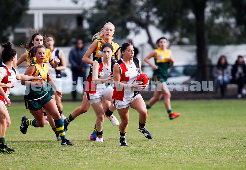 14-5-17. AJAX Jackettes 10-8-68 def  Hampton Rovers 0-2-2. Julia Caplan. Photo: Peter Haskin
