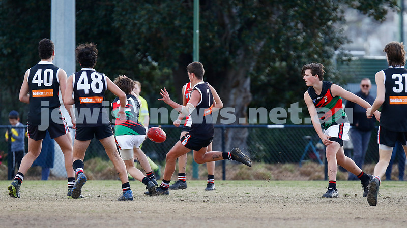 21-7-19. AJAX U 15 Comets v St Peters at Princes Park, Caulfield. Photo: Peter Haskin