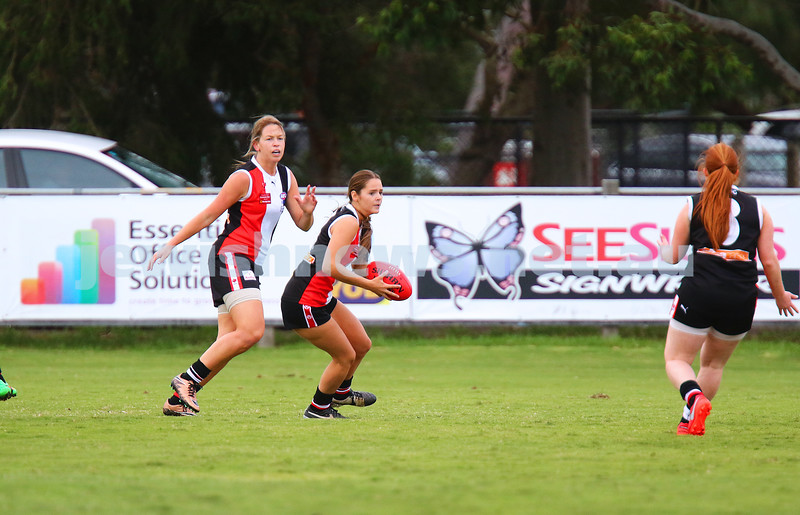 19-3-16. AJAX Jackettes practice match against Rosebud. Photo: Peter Haskin
