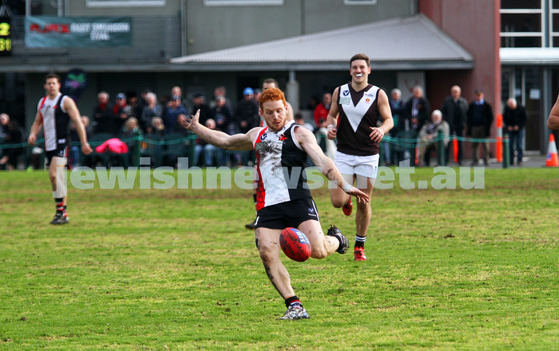 2-8-14. AJAX defeated Old Ivanhoe by 27 points at Gary Smorgon Oval.  Josh Ludski. Photo: Peter Haskin
