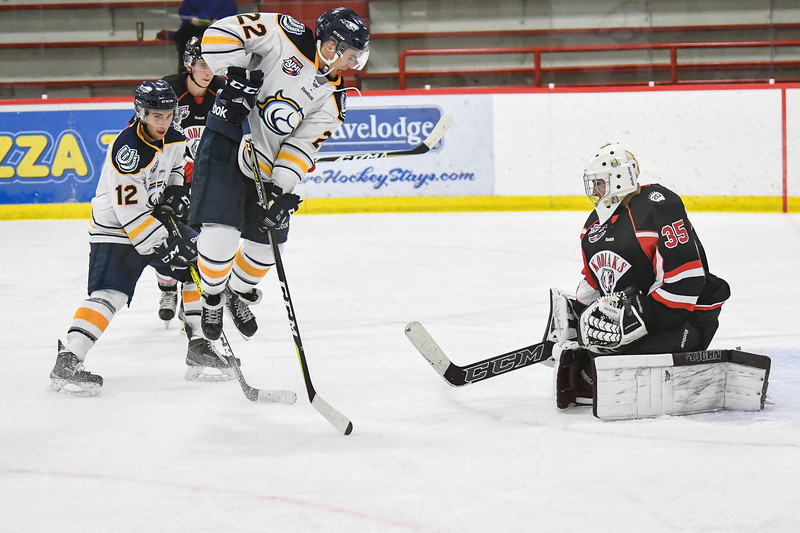 Sep 25, 2107 Calgary Mustangs host the Camrose Kodiaks