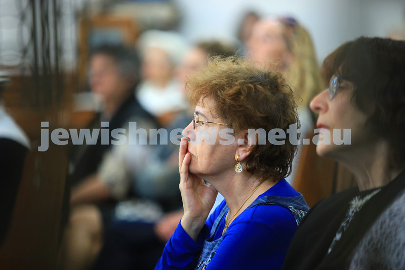 12-1-20. Tefillah, Tzedakah and solidarity meeting held at St Kilda Shule for the thousands affected by the bush fires. Photo: Peter Haskin