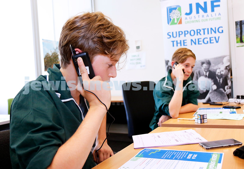 16-2-20. JNF Green Sunday appeal at the JNF office. Brother's Zach (left) and Mitch Baynash, both from Netzer, volunteering their time on the phones. Photo: Peter Haskin
