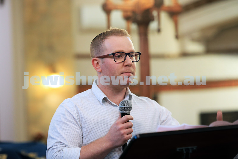 12-1-20. Rowan Epstein from Victoria Police  speaking at the Tefillah, Tzedakah and solidarity meeting held at St Kilda Shule for the thousands affected by the bush fires. Photo: Peter Haskin