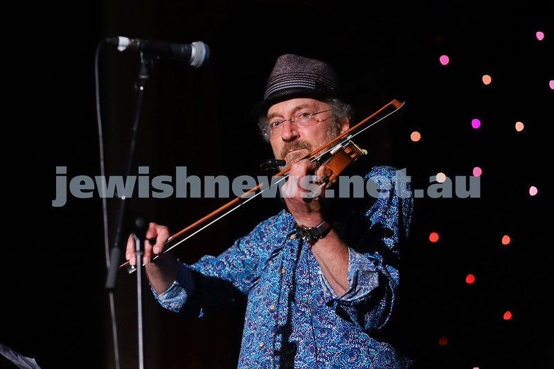 8-4-21. FOJAM. Uprising: Songs of Resistance starts at the close of Yom Hashoah (Holocaust Remembrance and Heroism Day) celebrating resistance through song and story, and takes place on the land of the Boon Wurrung people of the Kulin Nation.. Ernie Gruner. Photo: Peter Haskin