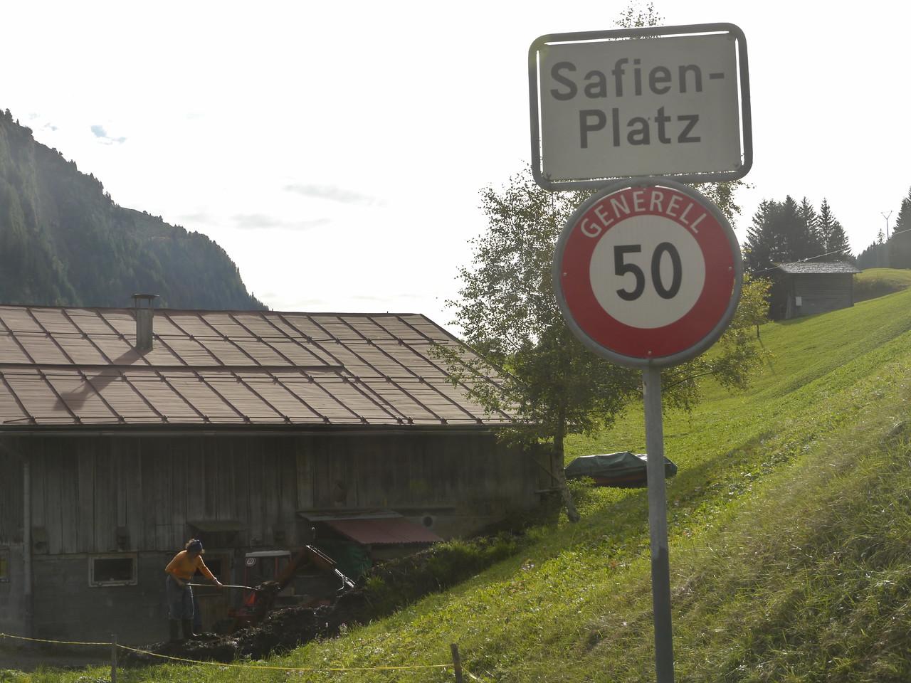 @RobAng 2013 / Safien Platz, Safien Platz, Kanton Graubünden, CHE, Schweiz, 1328 m ü/M, 2013/10/03 15:25:21
