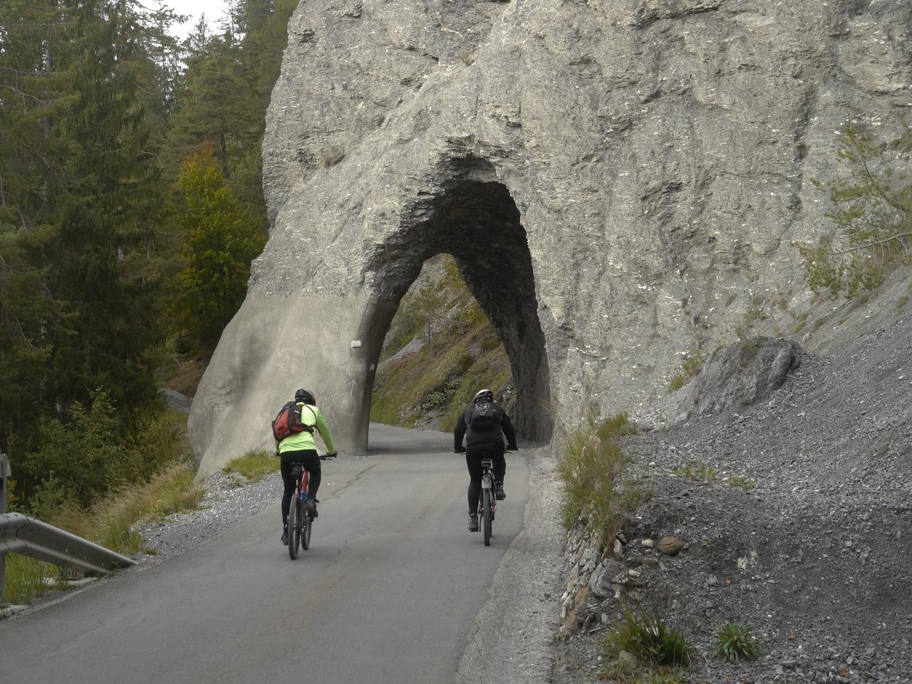 @RobAng 2013 / Versam, Versam, Kanton Graubünden, CHE, Schweiz, 789 m ü/M, 2013/10/03 16:08:04