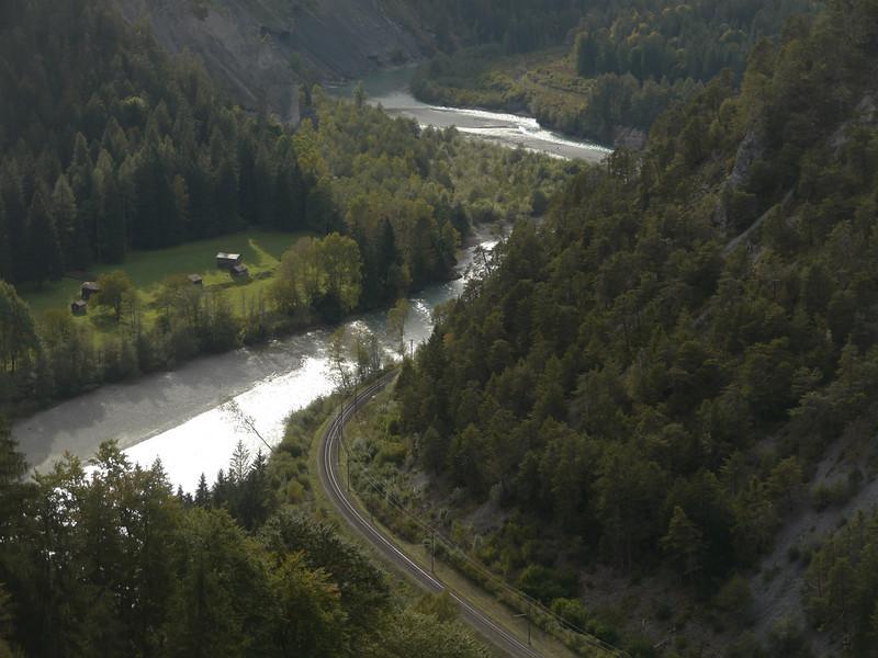 @RobAng 2013 / Digg, Trin Mulin, Kanton Graubünden, CHE, Schweiz, 828 m ü/M, 2013/10/03 16:18:45