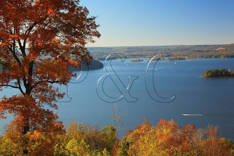 AL GUNTERSVILLE LAKE GUNTERSVILLE STATE PARK LAKE GUNTERSVILLE LODGE VIEW OCTJJ_MG_7692MbmmW
