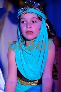 Aladdin Cast A 569