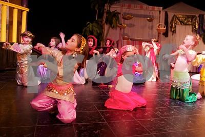 Aladdin Cast A 8
