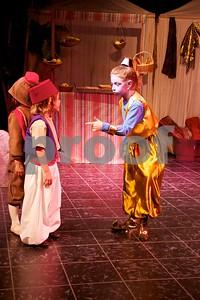 Aladdin Cast A 258