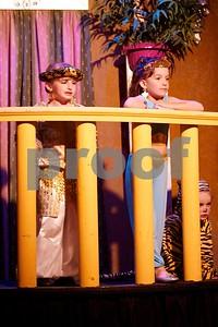 Aladdin Cast A 25