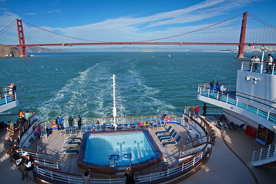 20180913_Alaska2018_San_Francisco_Departure_Golden_Gate_Bridge_View_Stern_750_8142a