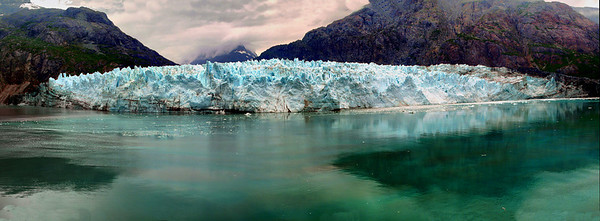 Margerie Glacier in Panorama and HDR