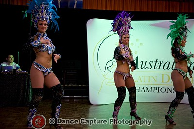 La Fiesta - Samba